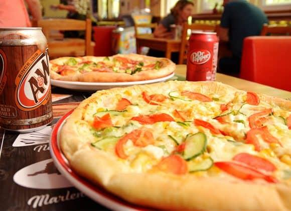 Minden pizza árából 200 Ft visszajár
